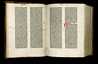 Image of the Gutenberg Bible open to pages 014 verso and 015 recto.
