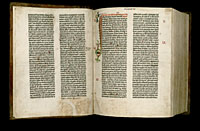 Image of the Gutenberg Bible open to pages 004 verso and 005 recto.